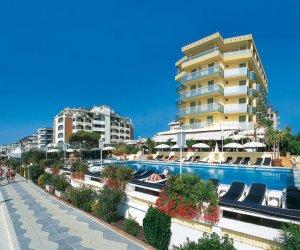 Hotel anthony jesolo 4 stelle con piscina fronte mare - Hotel jesolo con piscina fronte mare ...