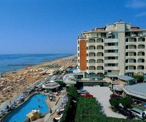 Hotel las vegas jesolo hotel 3 stelle fronte mare con piscina - Hotel jesolo con piscina fronte mare ...